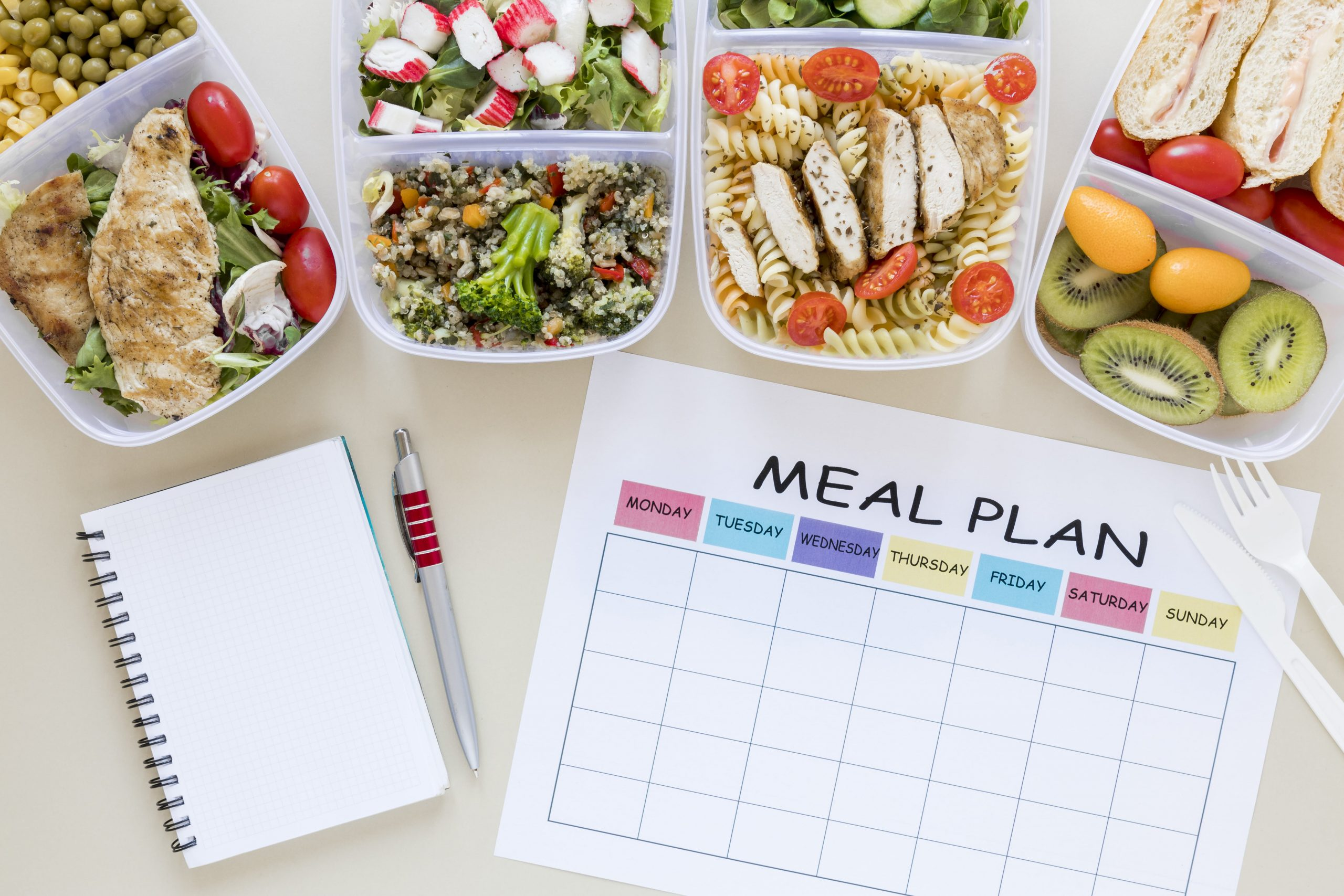 A Nutritionist should design a flexible meal plan, and use macro tracking to control client's nutritional needs.