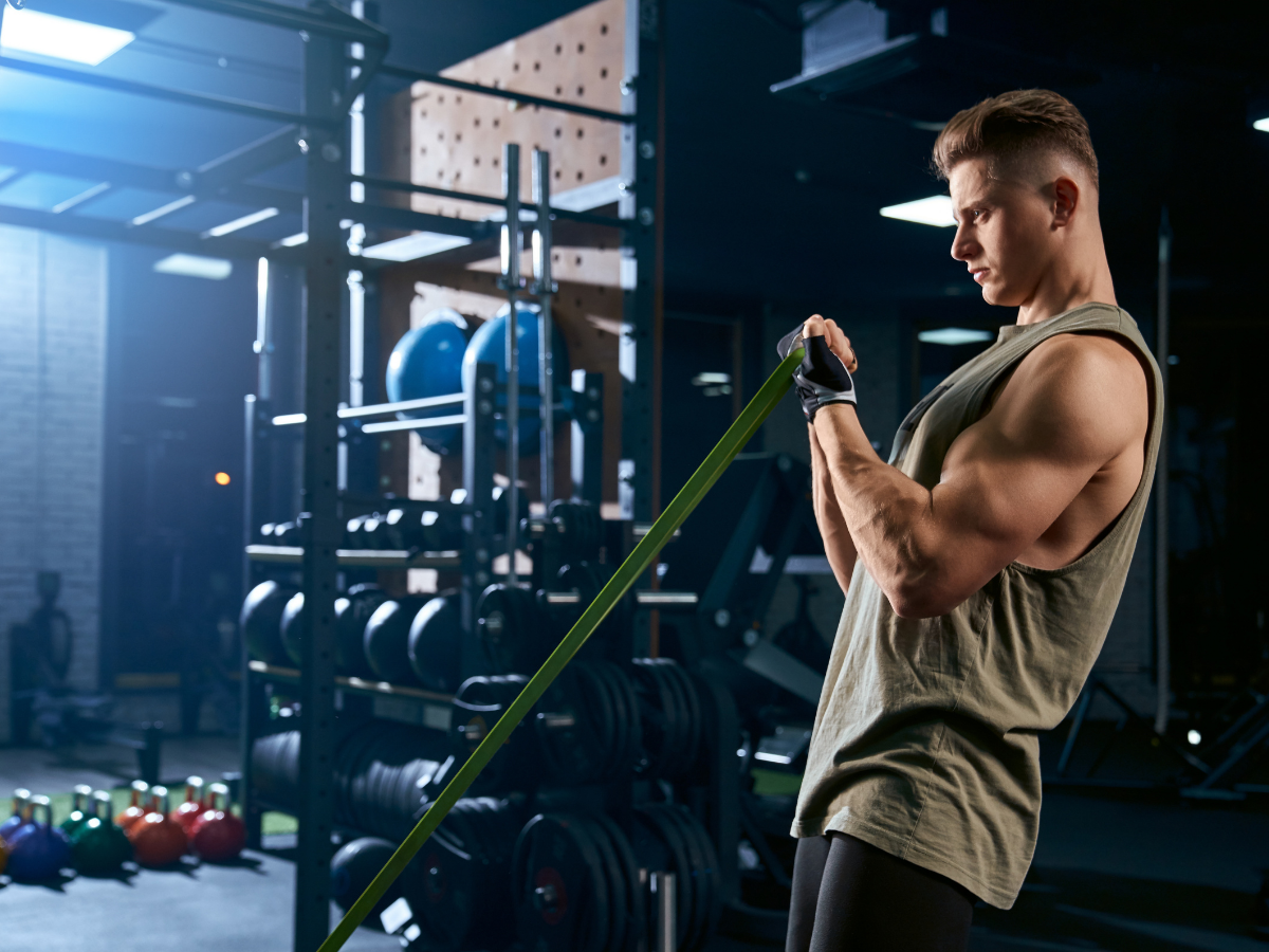 Rating of perceived exertion, or RPE, is often used to assign a rating that corresponds to how difficult a set was. You can use Everfit to create a online personal periodization training, applying RPE